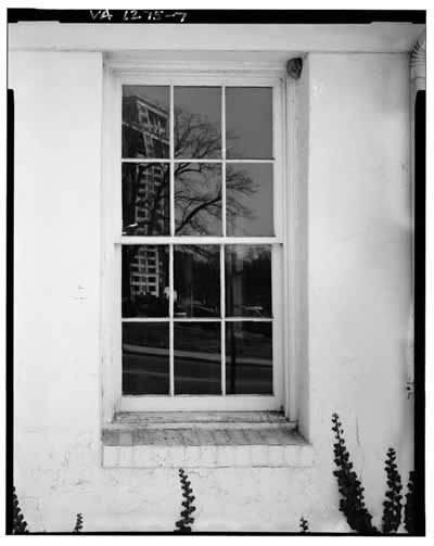 DETAIL OF (SINGLE SASH) WINDOW, WEST-FRONT FACADE - Moncure Building, 1415 North Court House Road, Arlington, Arlington County, VA HABS VA,7-ARL,7-7.tif